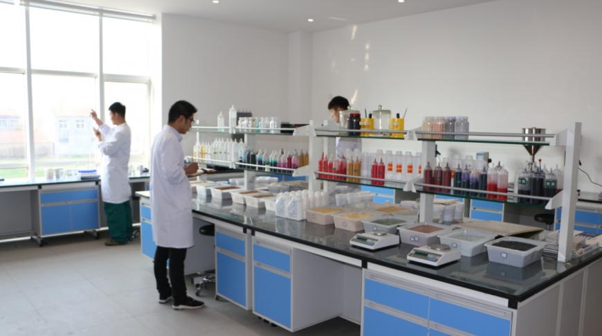兰堡湾实验室、水性乳胶漆,真石漆,质感漆.,仿石多彩漆,外墙涂料,环保水漆