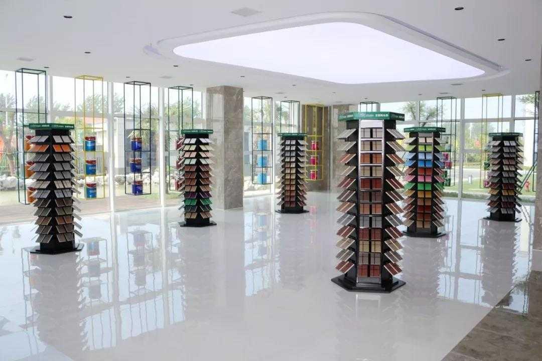 兰堡湾:精益求精创品牌 稳中求进赢未来